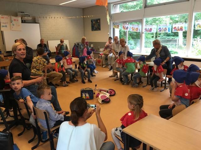 Godfried Bomansschool zet deuren open voor opa's en oma's!